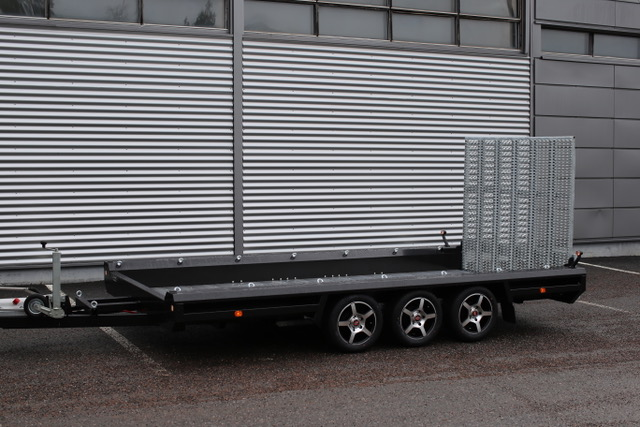 HULCO TERRAX 3500kg (394 x 180cm) 3-akselinen