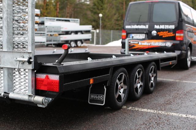 HULCO TERRAX 3500kg, 3AKS (394 x 180cm)