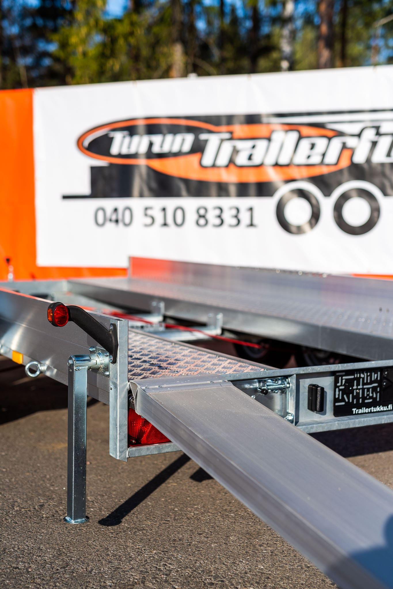 AJORAMPIT alumiini 9800/12500kg (4500x 640mm)